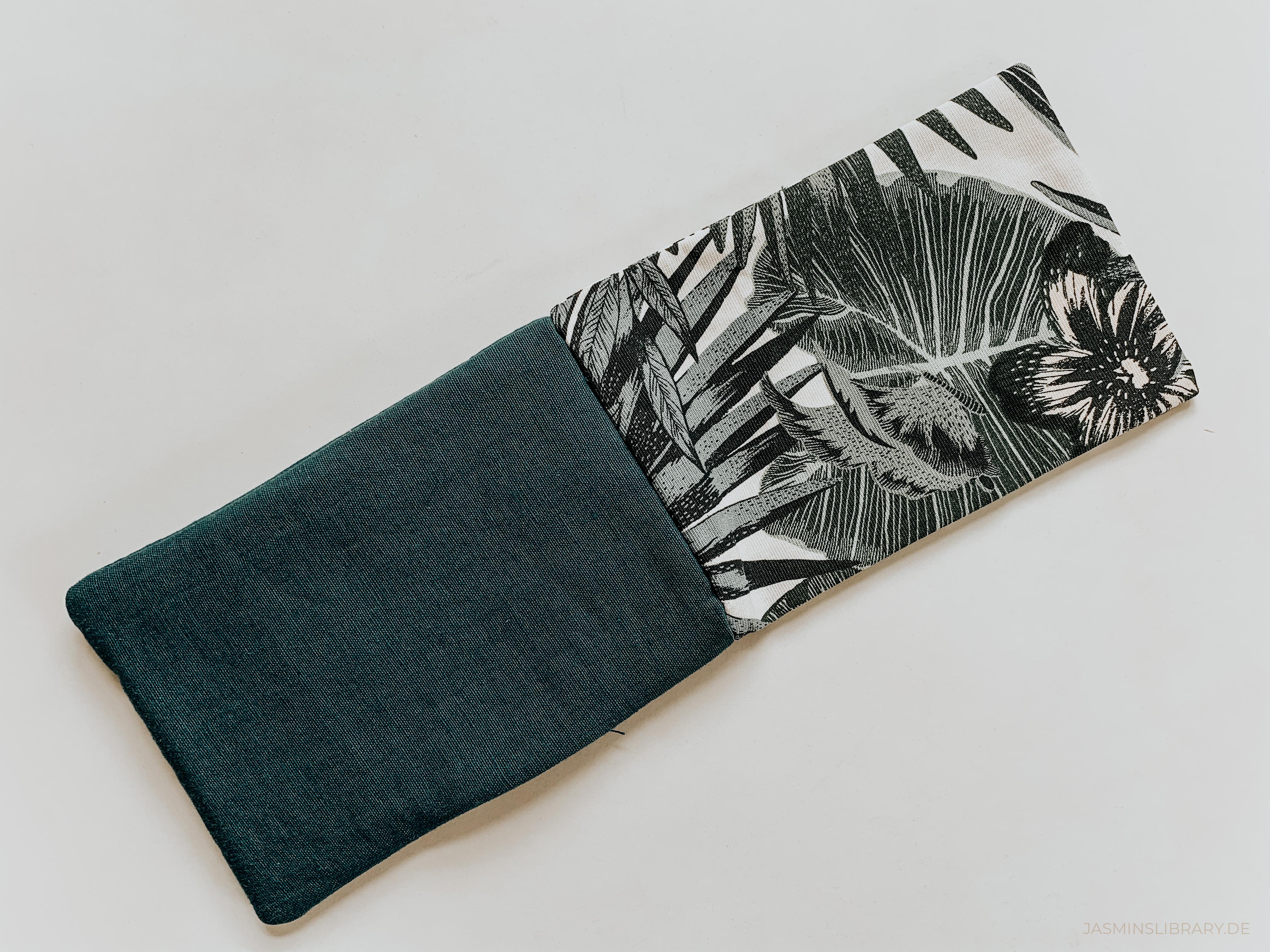 DIY Tutorial Sew You Own Book E-Reader Sleeve 10